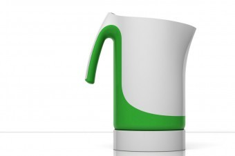 The design is defined by continuous and flowing lines embracing the body of the kettle.